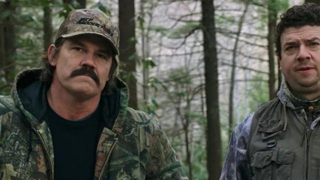 """Josh """"Thanos"""" Brolin auf der Jagd: Erster Trailer zum Netflix-Film """"Das Vermächtnis des Weißwedelhirschjägers"""""""