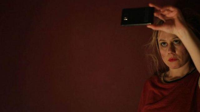 """Bei uns zuerst: Trailer zur Tragikomödie """"Reise nach Jerusalem"""" mit Eva Löbau"""