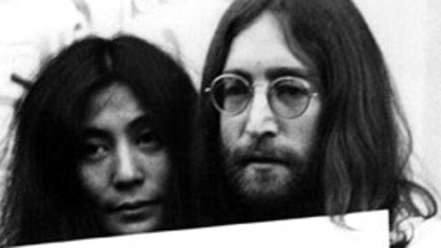 """Statt """"James Bond 25"""": Regisseur macht lieber Film über John Lennon und Yoko Ono"""