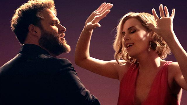 """Als würde Kate Middleton Danny DeVito daten: Im Trailer zu """"Long Shot"""" funkt es zwischen Seth Rogen und Charlize Theron"""