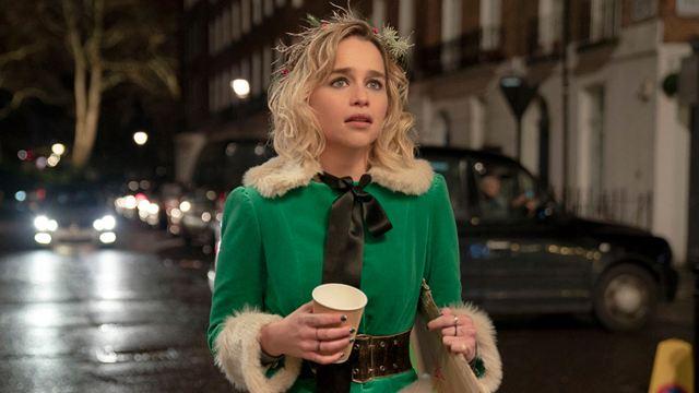 """""""Mein Weihnachtsbaum ist ziemlich geschmacklos"""": """"Last Christmas""""-Star Emilia Clarke im Interview"""