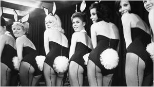 """Im Trailer zur Doku-Serie """"American Playboy: The Hugh Hefner Story"""" gibt's Häschen bis zum Abwinken"""