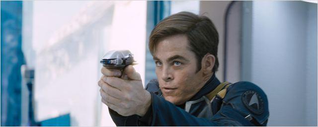 """""""Star Trek Beyond"""": Neue Bilder zeigen derangierte Crew"""