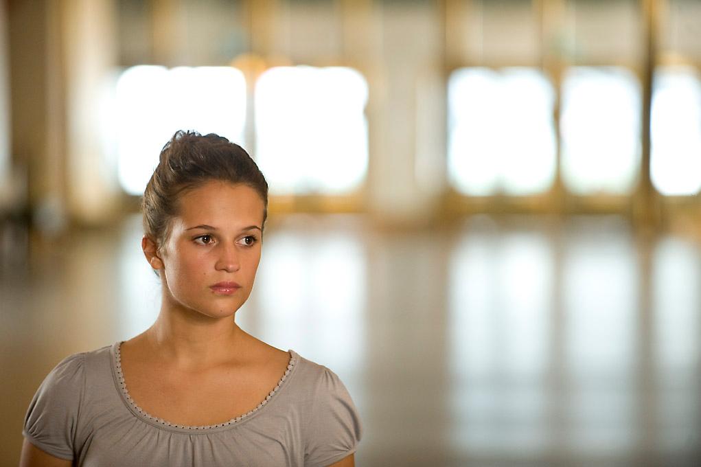 Alicia vikander till det som ar vackert - 4 6