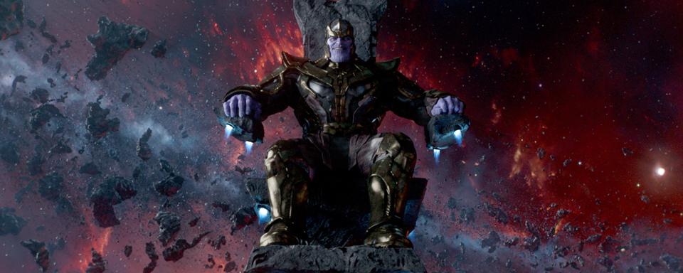 """Abschluss der Dreharbeiten zu """"Avengers 4"""" wird mit einer riesigen Thanos-Torte gefeiert"""