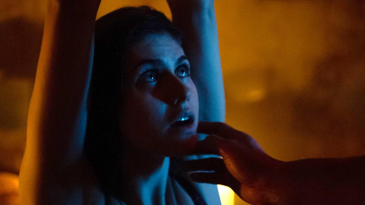 Erotik-Nachschub neu im Heimkino: Ein wortwörtlich fesselndes Sex-Abenteuer mit Alexandra Daddario