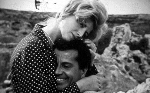 Die mit der Liebe spielen : Bild Gabriele Ferzetti, Michelangelo Antonioni, Monica Vitti