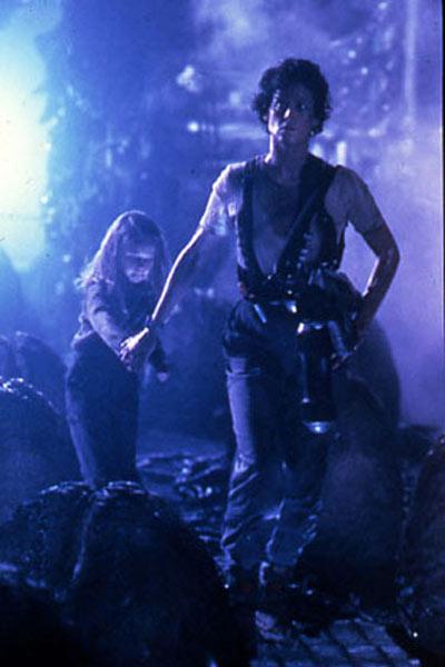 Aliens - Die Rückkehr : Bild Carrie Henn, Sigourney Weaver