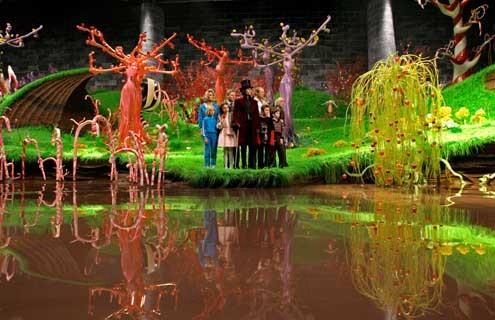 Charlie und die Schokoladenfabrik : Bild Freddie Highmore, Johnny Depp, Jordan Fry, Julia Winter