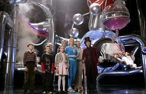 Charlie und die Schokoladenfabrik : Bild Freddie Highmore, Johnny Depp, Jordan Fry, Julia Winter, Missi Pyle