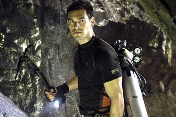The Cave: Eddie Cibrian, Bruce Hunt