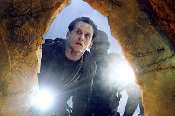 The Cave: Morris Chestnut, Cole Hauser, Bruce Hunt