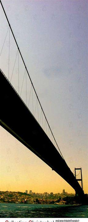 Crossing the bridge - the sound of Istanbul : photo Fatih Akin
