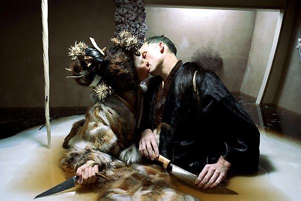 Drawing Restraint 9 : Bild Björk, Matthew Barney