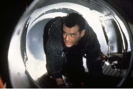 Stirb langsam 2 : Bild Bruce Willis, Renny Harlin