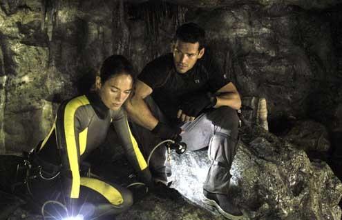The Cave: Lena Headey, Eddie Cibrian, Bruce Hunt