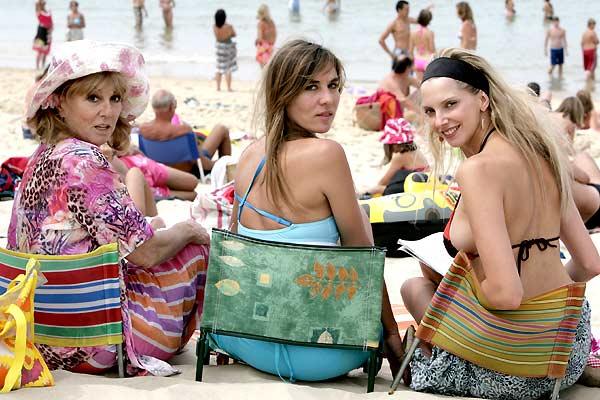 Camping : Bild Frédérique Bel, Mathilde Seigner, Mylène Demongeot