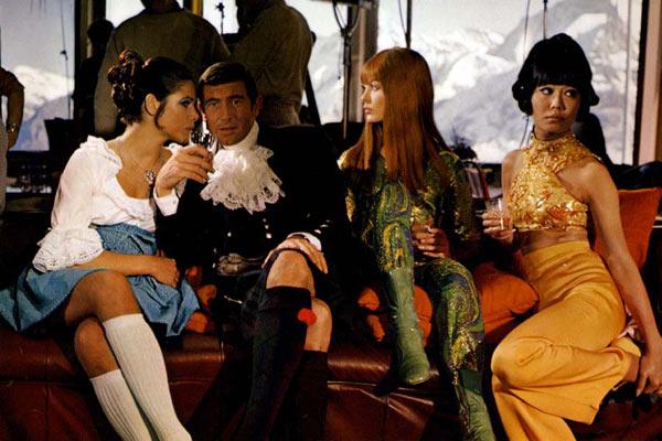 James Bond 007 - Im Geheimdienst Ihrer Majestät : Bild George Lazenby, Jenny Hanley, John Glen, Peter Hunt