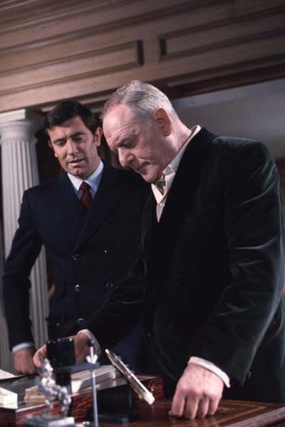 James Bond 007 - Im Geheimdienst Ihrer Majestät : Bild Bernard Lee, George Lazenby, John Glen, Peter Hunt
