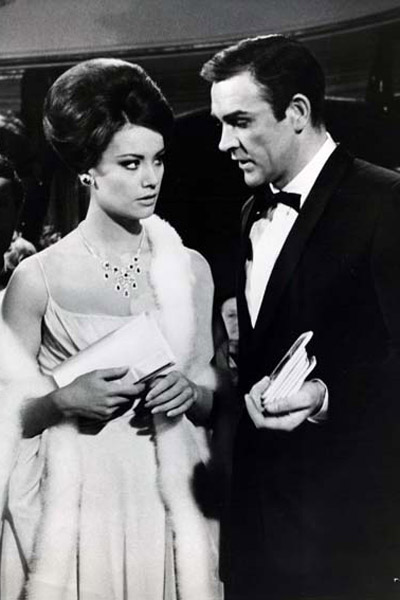 James Bond 007 - Feuerball : Bild Claudine Auger, Sean Connery, Terence Young