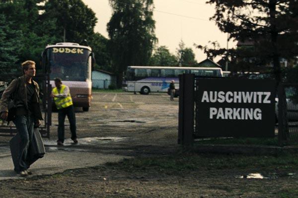 Am Ende kommen Touristen : Bild Alexander Fehling, Robert Thalheim