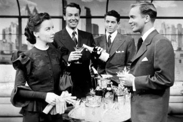 Cocktail für eine Leiche : photo Alfred Hitchcock, Joan Chandler