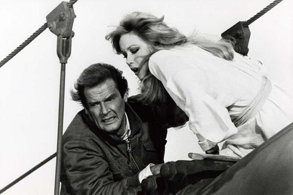 James Bond 007 - Im Angesicht des Todes : Bild John Glen, Roger Moore, Tanya Roberts