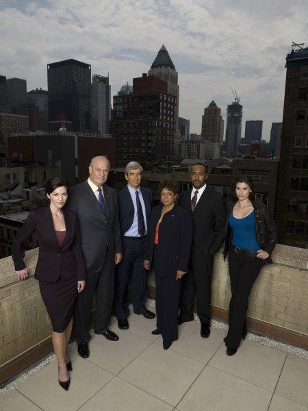 Law & Order : Bild Alana De La Garza, Fred Dalton Thompson, Jesse L. Martin, Milena Govich, S. Epatha Merkerson