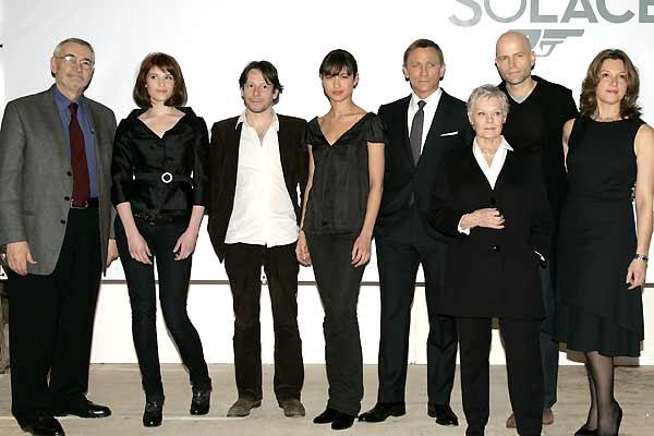 Bild Zu Gemma Arterton James Bond 007 Ein Quantum Trost
