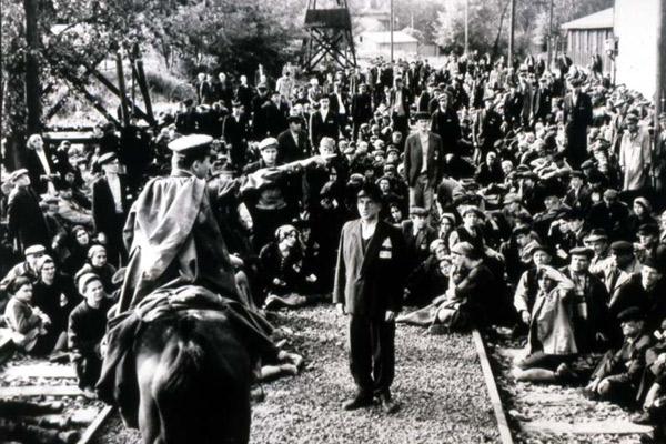 Schindlers Liste : Bild Ben Kingsley, Ralph Fiennes