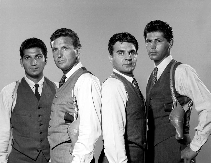 Bild Abel Fernandez, Paul Picerni, Robert Stack, Steve London