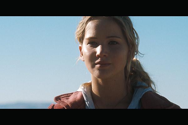 Auf brennender Erde : Bild Jennifer Lawrence