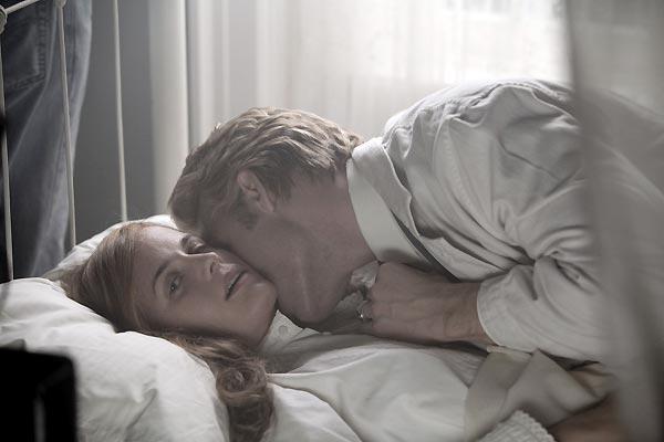 Twilight - Biss zum Morgengrauen : Bild Catherine Hardwicke, Elizabeth Reaser, Peter Facinelli