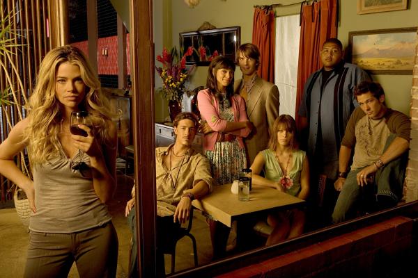 Bild Denise Richards, Eric Balfour, Lauren German, Lucas Bryant, Omar Benson Miller