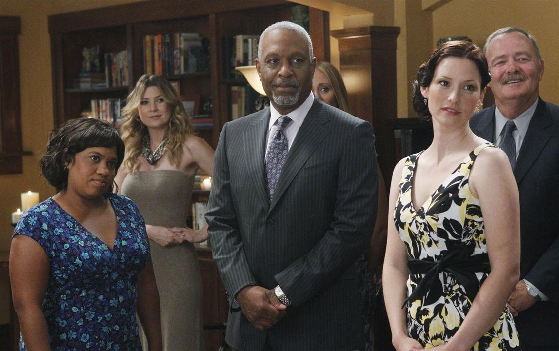 Grey's Anatomy - Die jungen Ärzte : Bild Chandra Wilson, Chyler Leigh, Ellen Pompeo, James Pickens Jr.