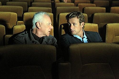 Bild Malcolm McDowell, Simon Baker