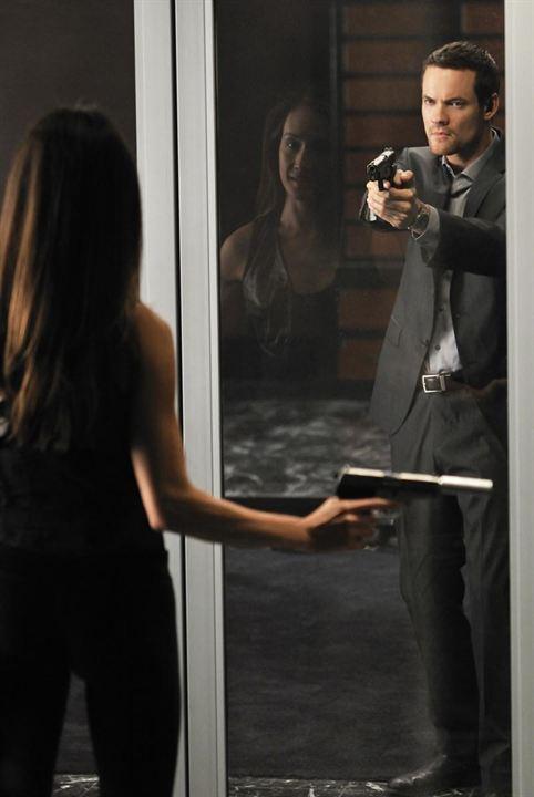 Nikita (2010) : Bild Maggie Q, Shane West