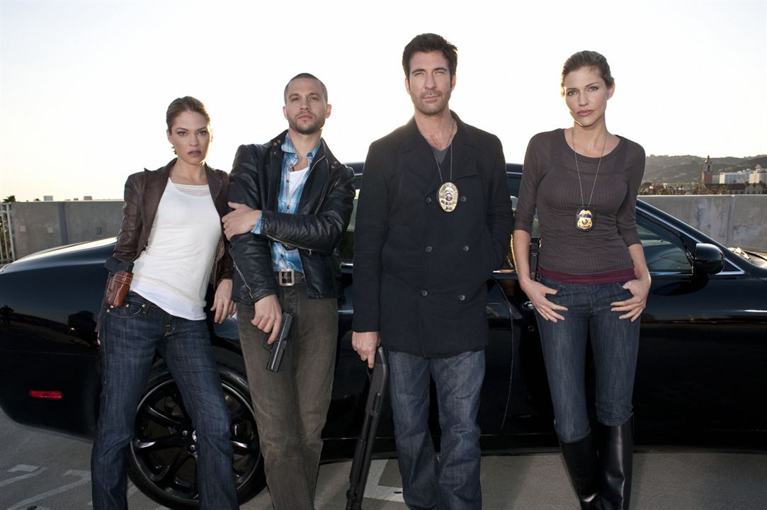 Dark Blue : Bild Dylan McDermott, Logan Marshall-Green, Nicki Aycox, Tricia Helfer