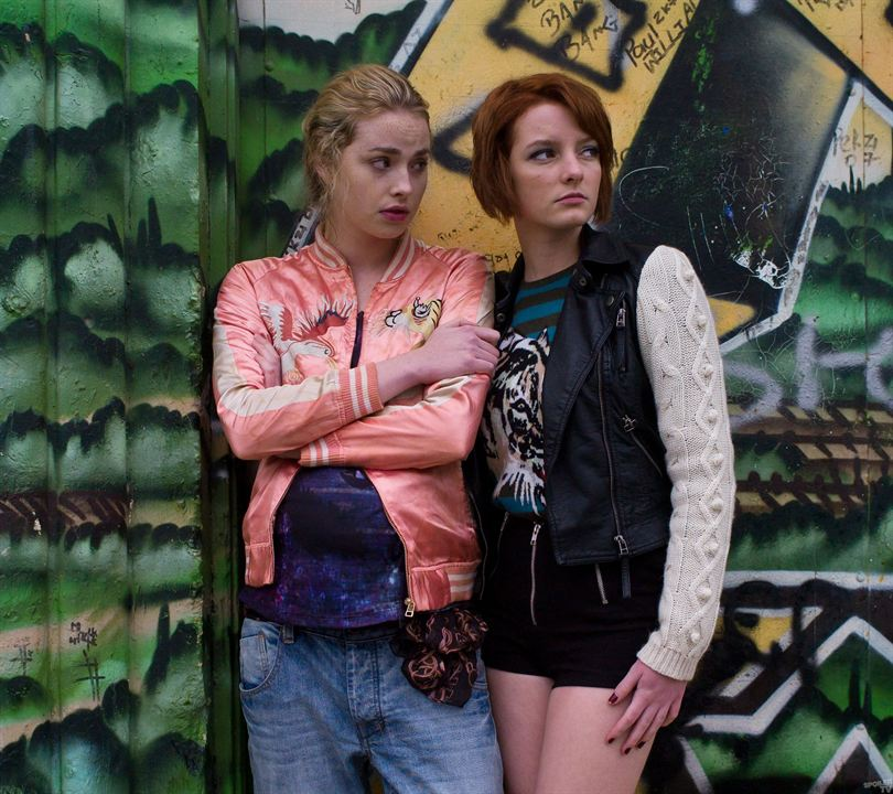 Bild Dakota Blue Richards, Freya Mavor