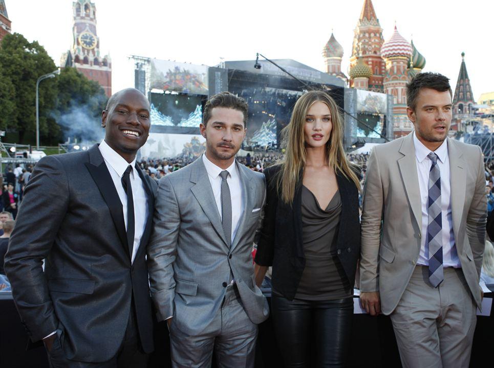 Transformers 3 : Bild Josh Duhamel, Rosie Huntington-Whiteley, Shia LaBeouf, Tyrese Gibson
