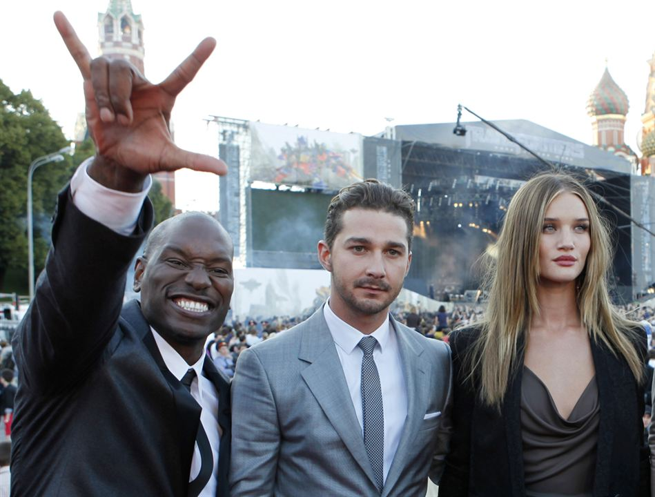 Transformers 3 : Bild Rosie Huntington-Whiteley, Shia LaBeouf, Tyrese Gibson
