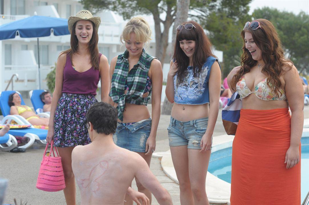 Sex on the Beach : Bild Ben Palmer, Jessica Knappett, Laura Haddock, Lydia Rose Bewley, Tamla Kari