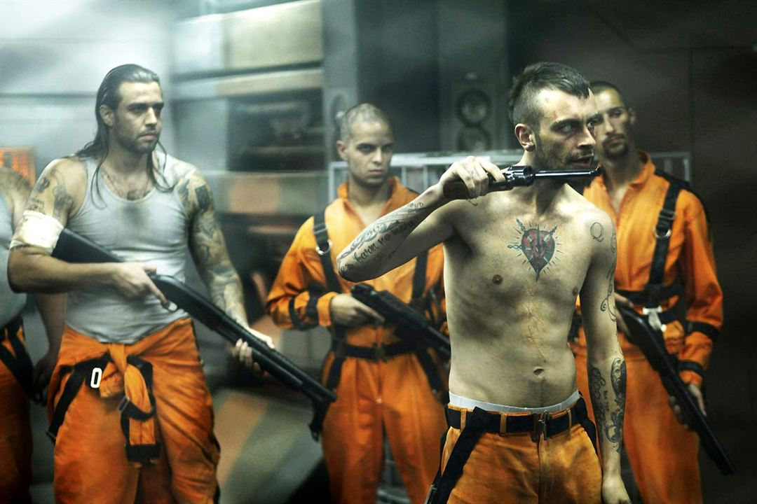 Lockout : Bild James Mather (II), Joseph Gilgun, Stephen St. Leger