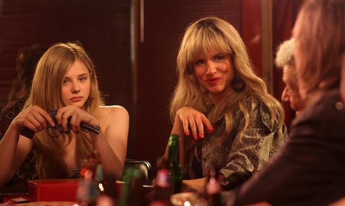 Runaway Girl: Chloë Grace Moretz, Juliette Lewis
