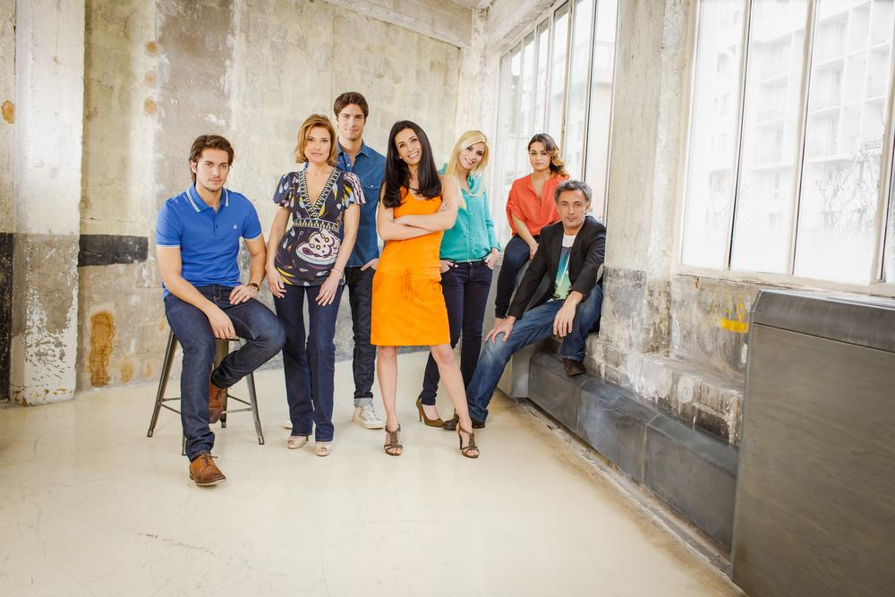 Bild Christine Lemler, Delfine Rouffignac, Frederic Deban, Lucas Bravo, Tom Leeb