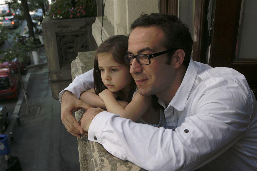 Everybody in Our Family : Bild Serban Pavlu, Sofia Nicolaescu