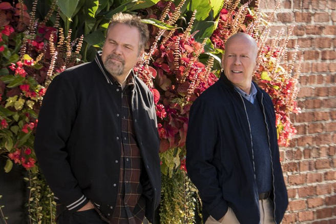 """Vincent D'Onofrio und Bruce Willis als Brüder Kersey in """"Death Wish"""""""