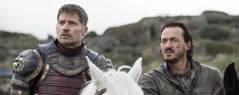 Game Of Thrones Darum Hat Bronn In Der 7 Staffel Eine Neue Stimme