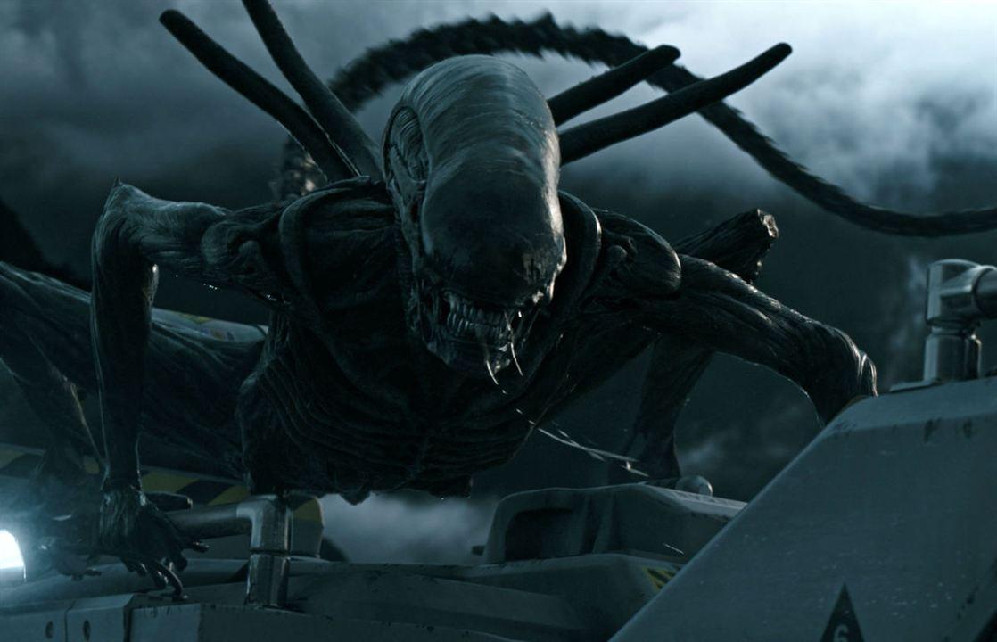10. Das Alien
