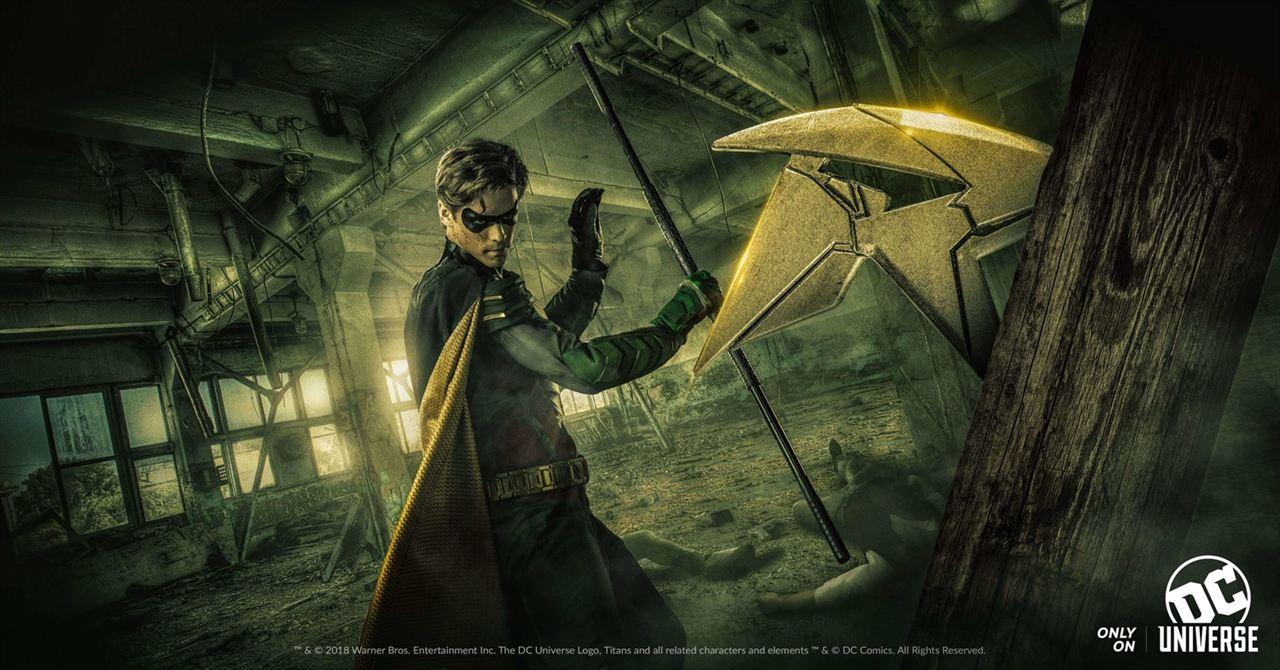 Brenton Thwaites als Robin